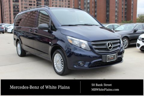 Certified Pre-Owned 2017 Mercedes-Benz Metris Passenger Van